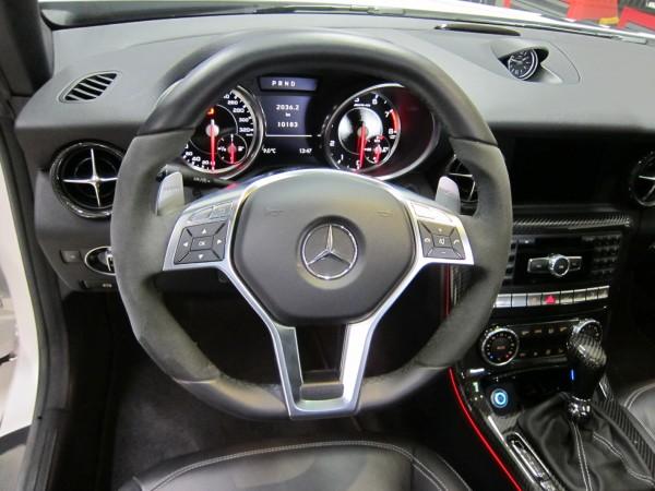 SLK 55 AMG Performance Steering Wheel - Mercedes SLK R172