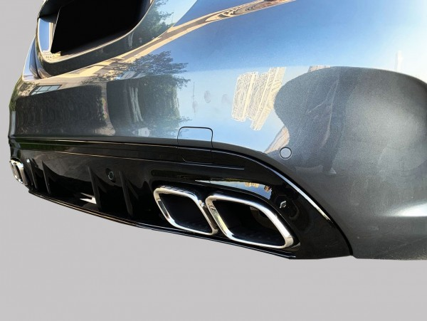 C-Klasse W205 Heckumrüstung AMG Look schwarz