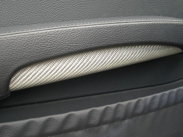 Carbon door rest under shells