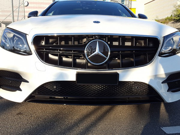 Radiator Grill AMG Style black for Mercedes E-Klasse Coupe and Cabrio